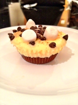 Peanut Butter S'mores Mini Cheesecakes